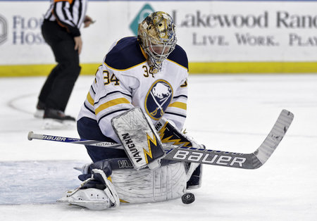 Michal Neuvirth (Philadelphia Flyers)