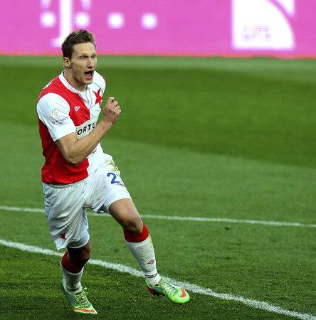 Celá Slavia doufá, že útočník Milan Škoda zůstane