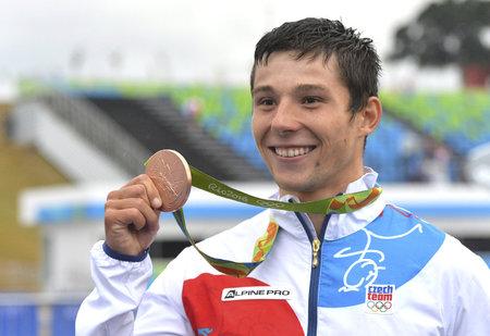 Vodní slalomář Jiří Prskavec s bronzovou olympijskou medailí
