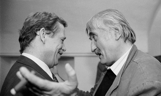 Havel s kamarádem Landovským