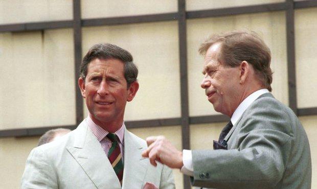 Václav Havel s princem s princem Charlesem v roce 1994
