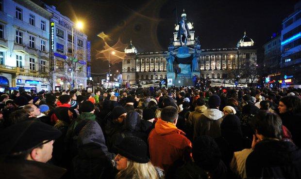Na spontánní akci dorazily tisíce lidí