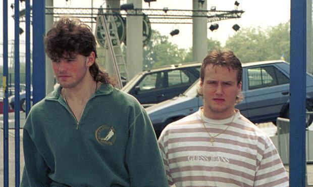 Jaromír Jágr s Martinem Strakou na mistrovství světa v Itálii v roce 1994