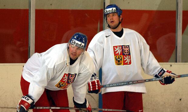 Jágr se Strakou na reprezentačním soustředěním před světovým šampionátem v roce 2005