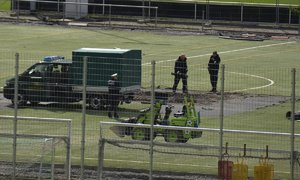 Fotbalisté Stuttgartu riskovali život a ani o tom nevěděli. Pod hřištěm měli bombu
