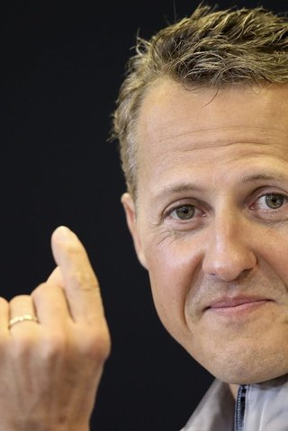 Přísní Švýcaři! Schumacherův syn ještě pořád nemá řidičák
