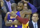 Kobe Bryant se naposledy představil na palubovce LeBrona Jamese