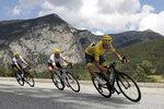 ONLINE: Tour pokračuje rovinatější etapou, v úniku je 20 jezdců