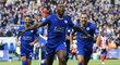 Wes Morgan z Leicesteru slaví svůj gól do sítě Southamptonu