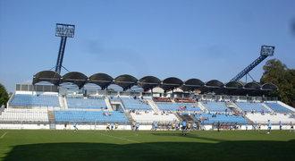 Drnovice, zapomenutá fotbalová vesnice: Stadion se mění v ruinu