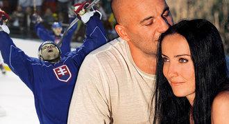 Vdova Demitrová točí v Rusku film o manželovi: V baru se zapletla do bitky!