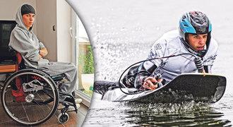 Ochrnutý motorkář si našel nového koníčka: Šembera řádí na vodě