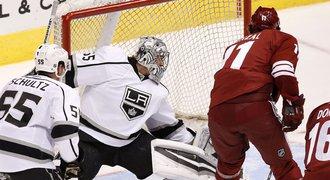 Vor��ek a Hanzal pobrali v p��prav� na NHL 3 body, da�ilo se i brank���m