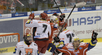 SEST�IHY: Pardubice p�ehr�ly Hradec, Sparta porazila Vary