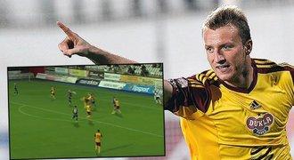 Fantastický gól! Krmenčík udeřil proti Jihlavě zády k brance
