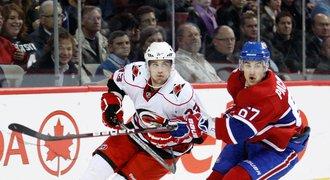 Vary hlásí posilu se zkušenostmi z NHL. Přichází kanadský bek Rodney
