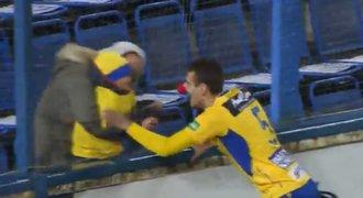 Ljevakovič slavil jako KLAUN. Nos měl schovaný už pátý zápas!
