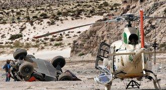 Loeb havaroval, v čele Dakaru je Peterhansel. Prokop si polepšil