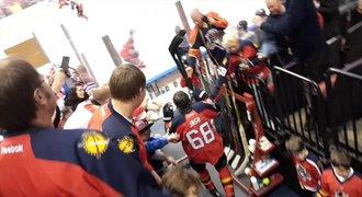 Jágr, kam se podíváš! Fanoušci slavili narozeniny hokejové legendy