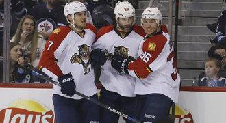 Jágr propálil Pavelce a zařídil výhru, Nakládal má první gól v NHL