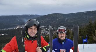 Mercedes na sněhu: Fotbalista Švancara propadl lyžování