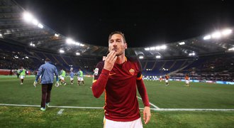 Nestárnoucí Totti. Za dvě minuty na hřišti otočil utkání s Turínem