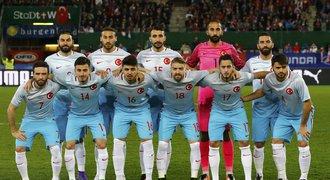 Představení Turecka na EURO, skupina D: Problémoví hráči a vášnivý čtenář