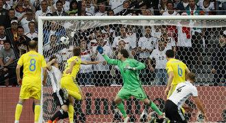 Německo - Ukrajina 2:0. Mistři světa se nadřeli, výhru pečetili až v závěru