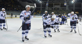 Kladno nedalo ani gól a v Ústí padlo, v čele jsou Budějovice