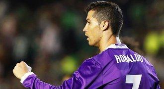 """Ronaldo je zpátky! Dal gól, krásně přihrál a předvedl """"zidanovku"""""""
