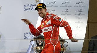 V Bahrajnu triumfoval Vettel, pilot Ferrari vévodí i šampionátu