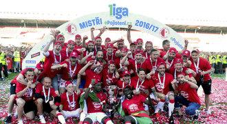 PĚT důvodů, proč je Slavia mistrem: čínský kapitál i trenér Šilhavý