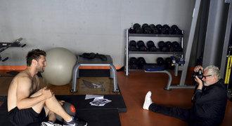 Slavný Robert Vano fotil hokejisty Chomutova: Jsou lepší než modelky