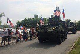 Vítání konvoje americké armády