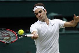 Legendární švýcarský tenista Roger Federer má problémy s kolenem. Nepojede do Ria, ukončil i celou sezonu.