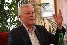 Josef Skála: Komunista i podnikatel, předlistopadový funkcionář i podivný vykladač…