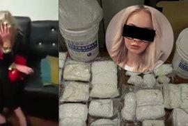 Jak probíhal nález drog a zatčení Češky v Pákistánu? Uniklé video ukazuje zásah celníků