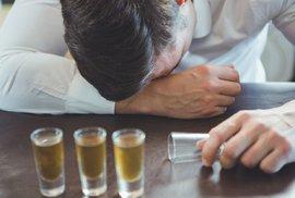 Alkoholová intolerance není jen problém Asiatů. Jak se alergie projevuje a proč vzniká?