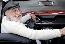 Švýcarský kanton Ženeva přesvědčuje staré lidi, aby odevzdali řidičáky, chce tím…