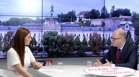 Ptám se pane premiére, 3. díl: Sobotka o volbách, inkluzi škol a uprchlících