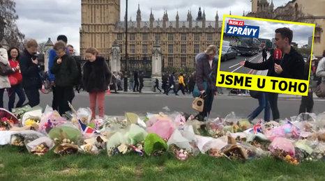 Měsíc od útoku v Londýně: Místa hrůzy tíží strach, ale Britové mu vzdorují
