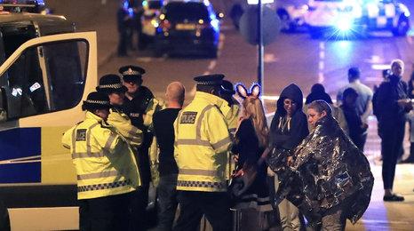 Rekonstrukce útoku: Tohle se dělo uvnitř haly v Manchesteru
