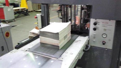 Takhle se tisknou volební lístky: Padne na ně 600 tun papíru