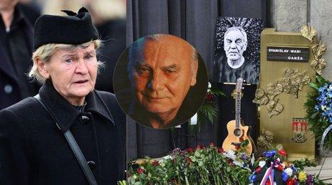 Pohřeb Wabiho Daňka (†70): Zhroucená vdova po Haničincovi: Říkala sem mu brácho...
