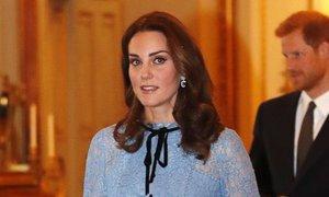 Kate se od oznámení těhotenství poprvé objevila na veřejnosti