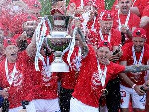 Slavia je mistr! Takhle na Strahově převzala pohár pro ligového šampiona