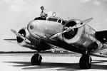 Lockheed L-10 Electra je dvoumotorový celokovový dolnoplošník