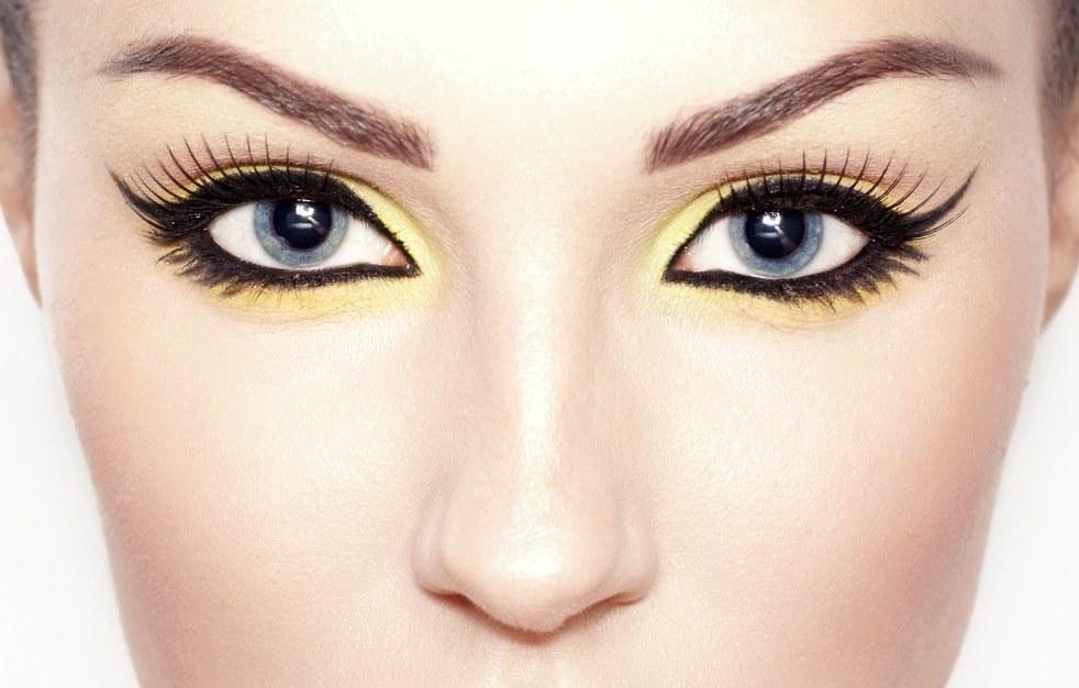 Jak líčením zvětšit oči? Známe snadné triky vizážistek