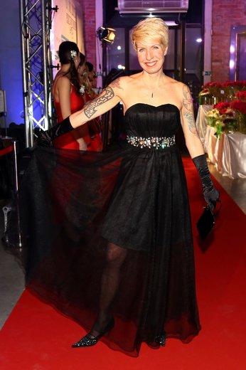 Marcela Březinová: Tvrdá bitka tetování, sklíček a laciných průsvitů