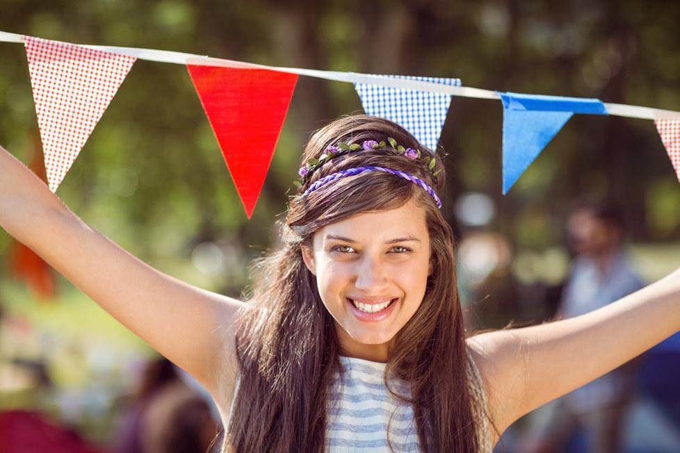 Pravidla oblékání na hudební festival: Stačí jedna trendy věc a držet se svého stylu!